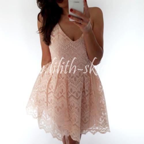 4451ed3eab Sukienka mini koronkowa w pudrowym różu - LILITH sklep